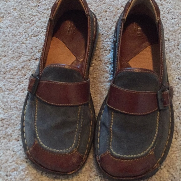 Born Schuhes   Bluishgray Sz 65 Bluishgray  And Braun Cute Comfy   Poshmark 7426a9